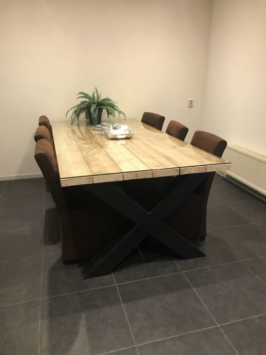 Steigerhouten industriële tafel Basile met X-poot / Kruispoot