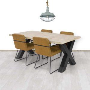 Steigerhouten tafel Basile