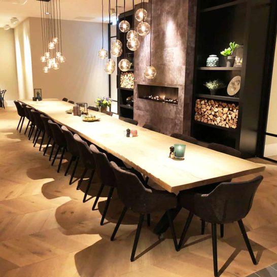 Industriële steigerhouten kruispoot tafel Basile