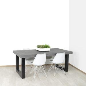 Betonlook tafel Avoga met industriele U poot