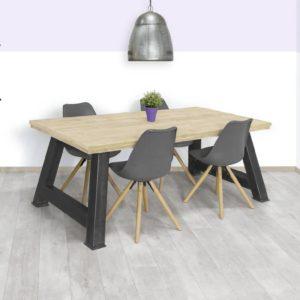 Steigerhouten tafel Ullin