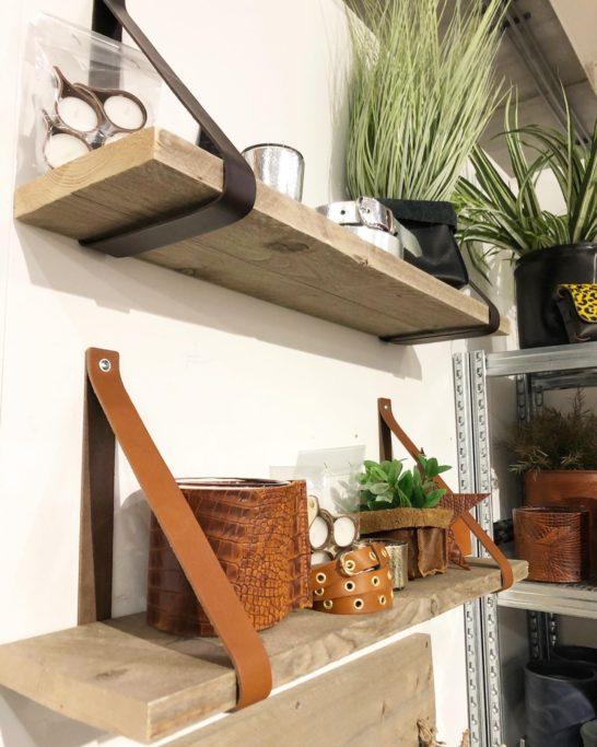 Leren plankdragers met steigerhout of eikenhouten plank