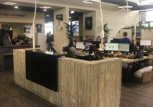 Steigerhouten Balie voor kantoor uitzendbureau