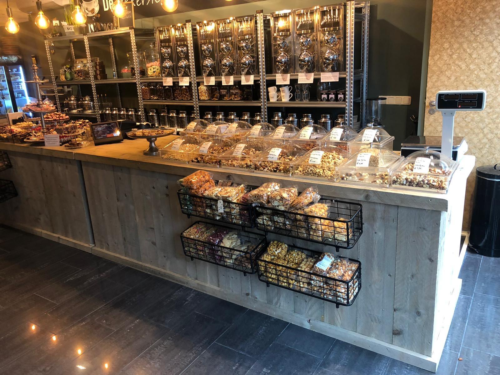 Toonbank - balie van steigerhout voor winkel