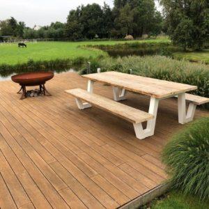 Steigerhouten picknick tafel Farson met metalen frame