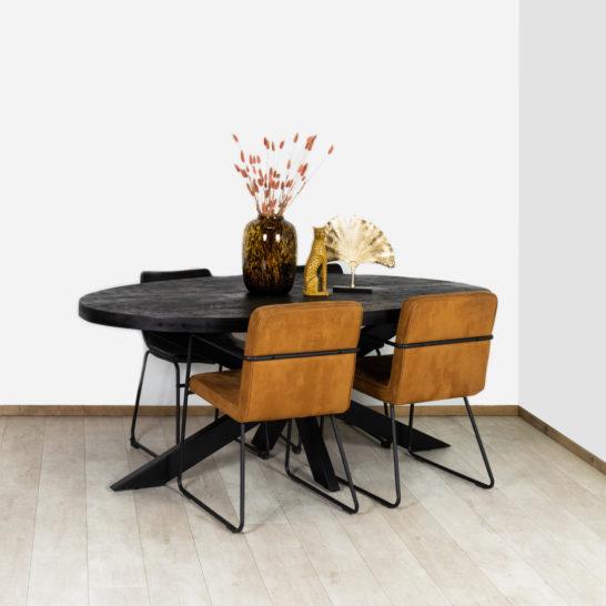 Zwarte Ovaal Mangohout Eettafel
