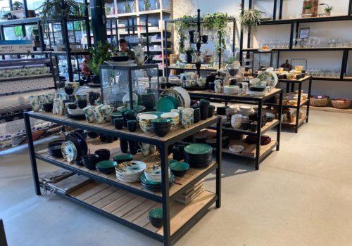 Industriele displaytafels van steigerhout